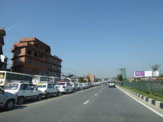 Queue for petrol near Kathmandu